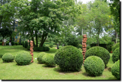 Skulpturen, Gartenskulpturen